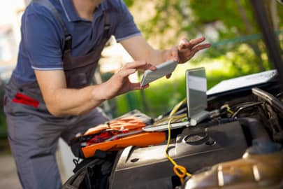Odgrzybianie klimatyzacji w samochodzie Rawicz